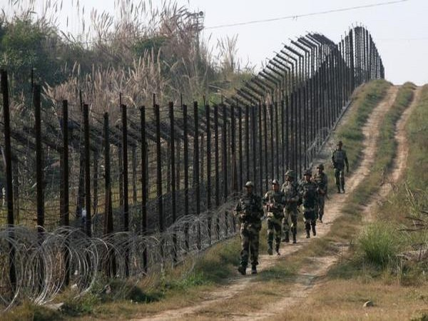 Pakistani Army is planning to send war-toughened Afghan terrorists to attack security forces in Jammu and Kashmir. (Representative image)