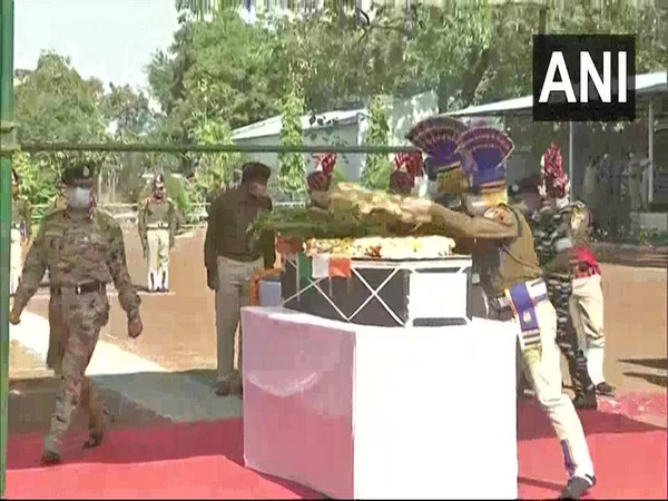 Wreath laying ceremony of Assistant Commandant Nitin Bhalerao, of CoBRA 206 battalion of CRPF who lost his life in an IED attack in Sukma yesterday, was held in Raipur on Sunday.