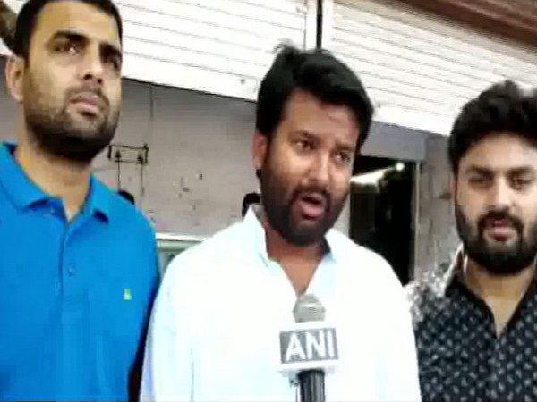 BJP worker Anoop Singh Chandan while speaking to ANI about the FIR filed against SBSP chief Om Prakash Rajbhar at Lucknow, Uttar Pradesh on Saturday. Photo/ANI