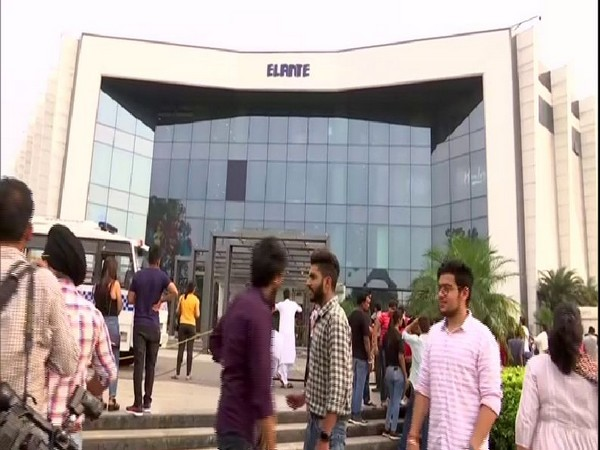 There was information about a bomb in Elante Mall in Chandigarh; thorough search by police revealed there was nothing. Photo/ANI