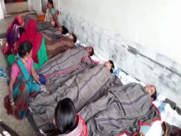 Visual from the district hospital, Chhatarpur where female patients are lying down on beds laid out on the floor. Photo/ANI