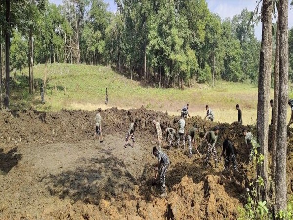 CRPF initiative to save natural water sources, creating artificial ponds in Chhattisgarh's red zone area