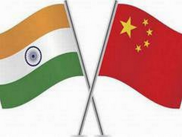 India and Chinese flags