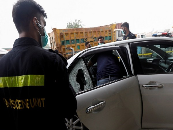 Police investigating gun attack on Chinese national in Karachi (Photo Credit - Reuters)