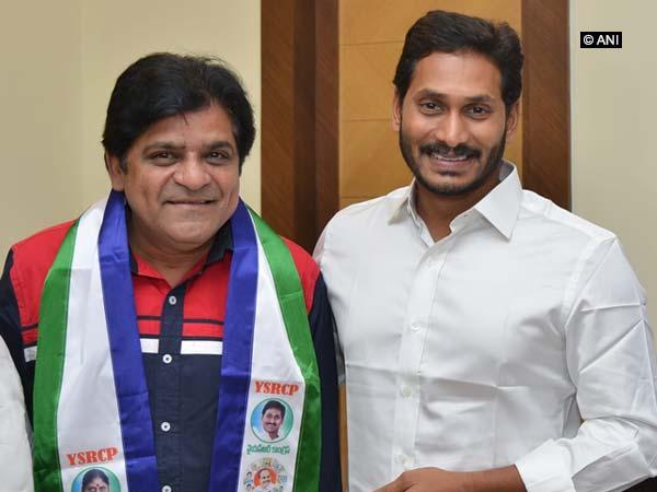Ali with YSR president Jaganmohan Reddy in Hyderabad on Monday.