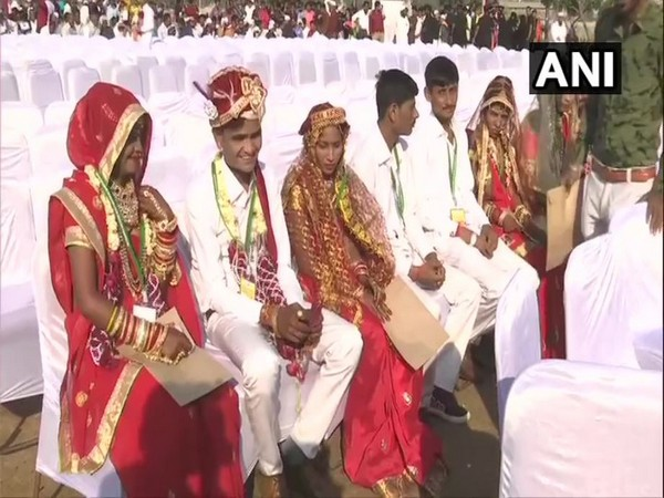 Hindu and Muslim couples got married at the mass wedding program in Ahmedabad on Saturday. Photo/ANI