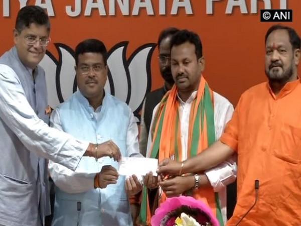 Congress MLA from Salepur (Cuttack) Prakash Chandra Behera joined BJP on Sunday. (Photo/ANI)