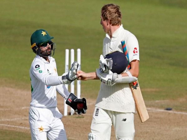 Pakistan's Mohammad Rizwan congratulating Zak Crawley on scoring 267 in the third Test. (Photo/ICC Twitter)