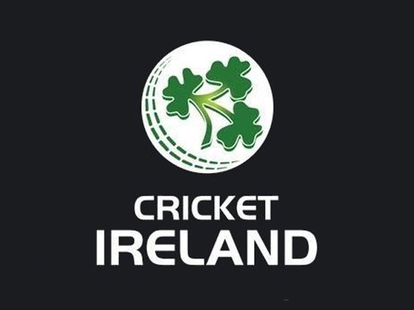 Cricket Ireland (CI) logo