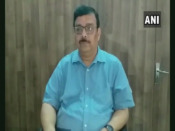 AK Singh, Jail Superintendent, Unnao District Jail speaking to ANI on Wednesday. Photo/ANI
