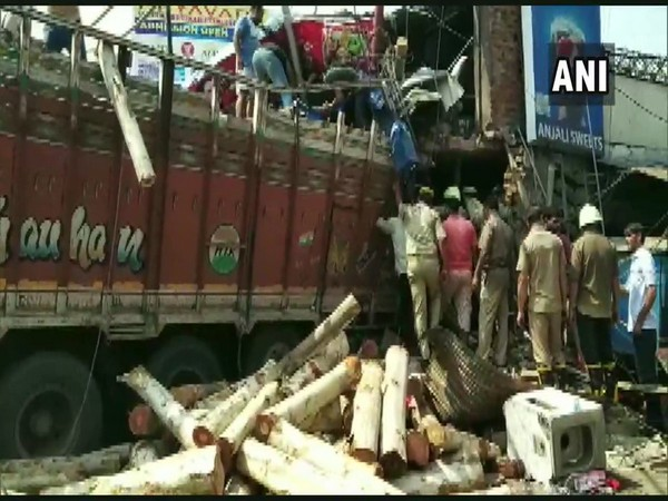 A truck rammed into wall of a sweet shop in Utrethia on Tuesday. [Photo/ANI]