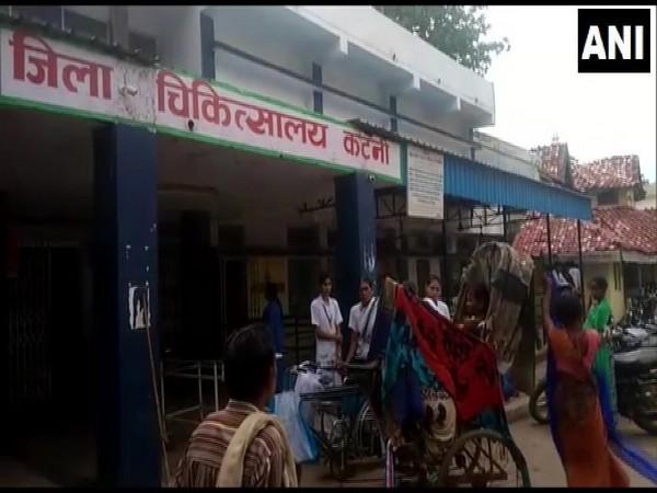 Rickshaw where the woman gave birth to a child in Madhya Pradesh on Thursday. Photo/ANI