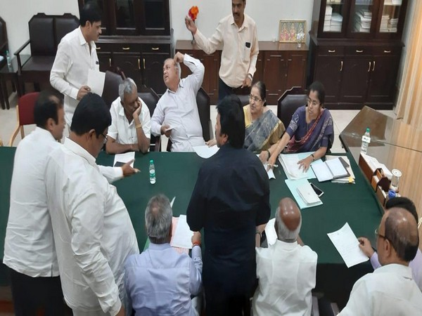 Congress-JDS MLAs at Assembly speaker office in Bengaluru [Photo/ANI]