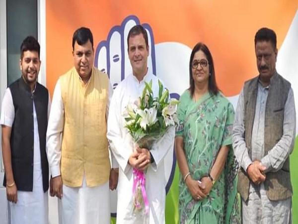 Suresh Chandel with Congress president Rahul Gandhi in New Delhi on Monday. Photo/ANI