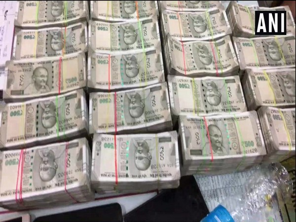 Madhya Pradesh police seize Rs 86 lakh from a car in Indore