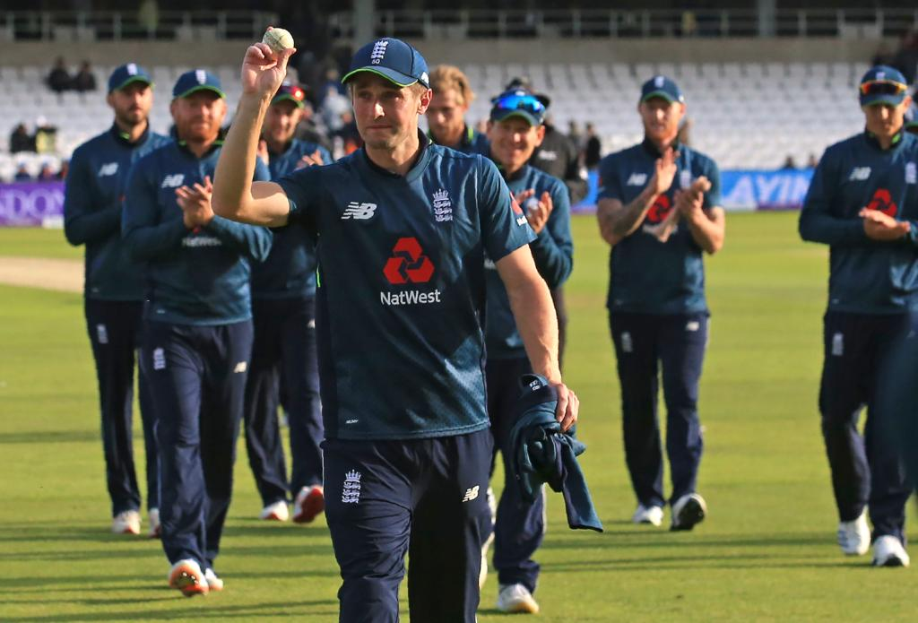 England fast bowler Chris Woakes (Photo/englandcricket Twitter)