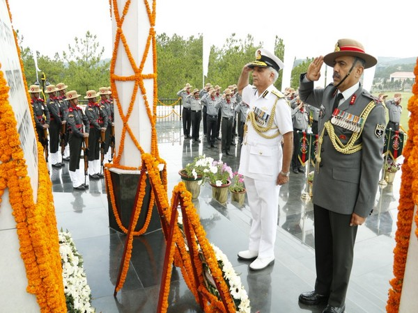 AR DG Lt Gen Sukhdeep Sangwan, Coast Guard DG Rajendra Singh during the wreath laying ceremony at war memorial in Shillong on Wednesday. (Picture tweeted by Indian Coast Guard)
