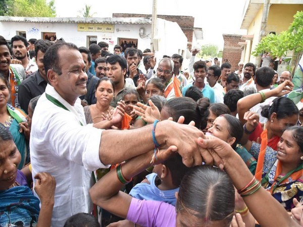 Congress MP Komatireddy Venkat Reddy (File Photo)