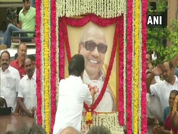 DMK President MK Stalin paying tribute to M Karunanidhi in Chennai on Monday. Photo/ANI