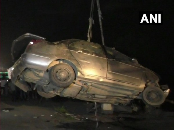 Visuals from the spot where 5 people were killed after the car they were travelling in rammed into a tempo