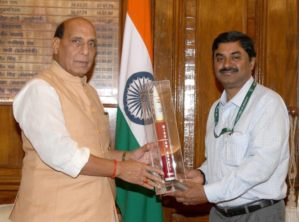 DRDO Chairman met Union Defence Minister Rajnath Singh on Thursday.
