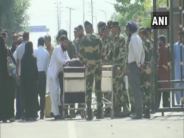 Six Pakistani nationals crossed over to Pakistan by Wagah-Attari border on Friday. Photo/ANI