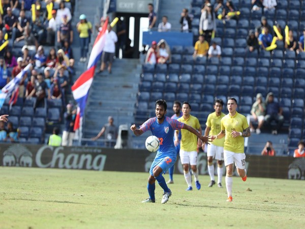 Indian footballer Farukh Choudhary in action against Thailand in King's Cup (Photo/ Indian Football Twitter)