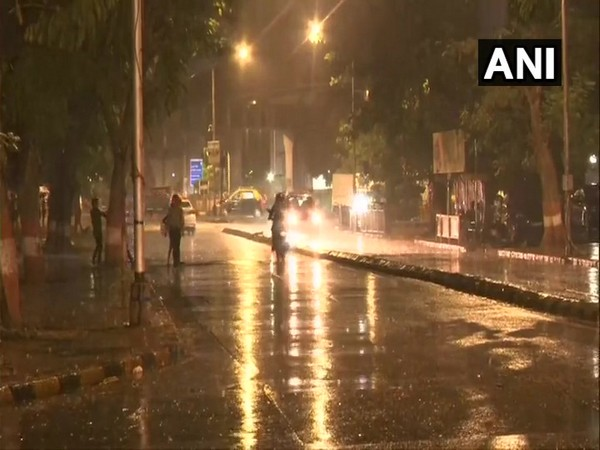 Wadala area in Mumbai receiving rainfall. Photo/ANI