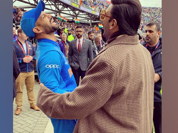 Shikhar Dhawan with Ranveer Singh (Photo/cricketworldcup Twitter)