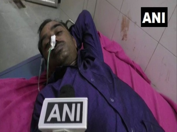 Ishwar Kharate, the farmer who attempted suicide in Buldana, Bihar [Photo/ANI]