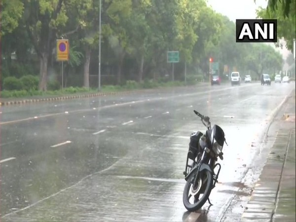 IMD declares monsoon onset over Delhi [Photo/ANI]