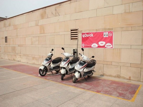 Delhi Metro authorises e-scooters renting services at four stations. (Photo Source: DMRC Twitter)