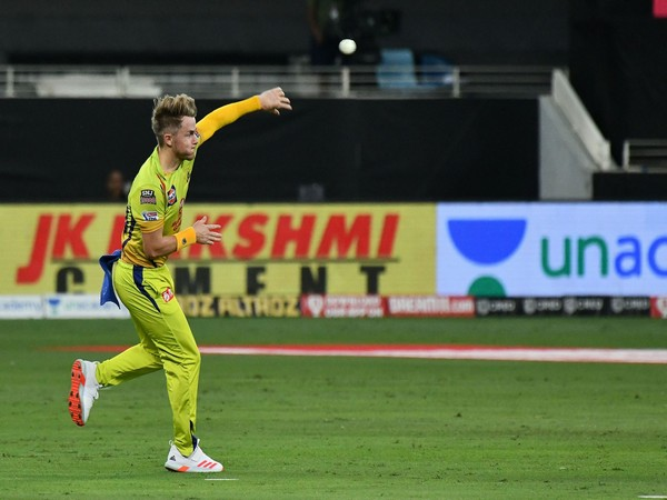 CSK all-rounder Sam Curran in action against SRH. (Photo/ iplt20.com)