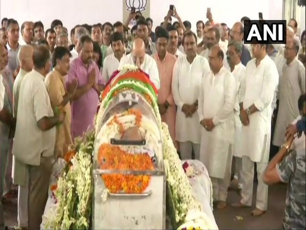 Home Minister Amit Shah paid tribute to former Delhi BJP chief here on Sunday. Photo/ANI