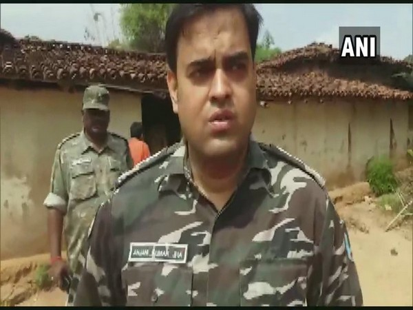 Superintendent of Police Anjani Kumar Jha talking to ANI. Photo/ANI