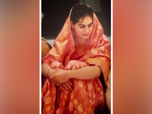 Priyanka Gandhi joing trending #SareeTwitter with throwback wedding photo on Wednesday (Photo/Twitter)
