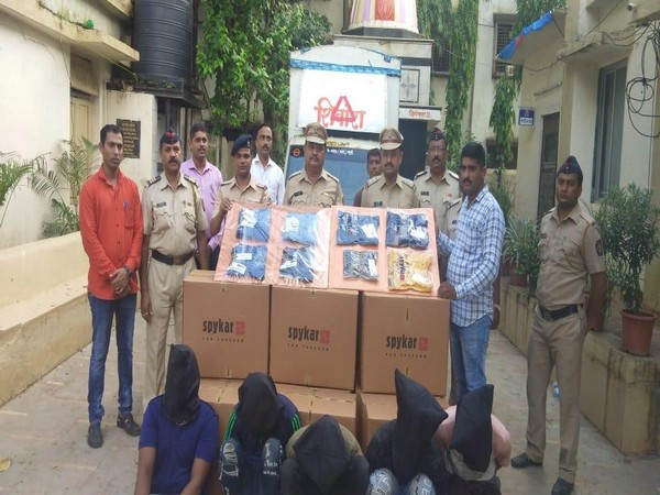 Thane Rural police arrested five people who looted ready-made garments worth more than Rs 25 Lakh after breaking into a godown.