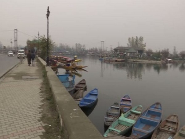 Western foreshore road to be constructed along the Dal lake in Kashmir Valley. (Photo/ANI)