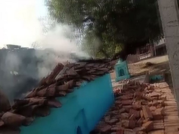 A Dalit family's house was set on fire in Datia by hooligans [Photo/ANI]