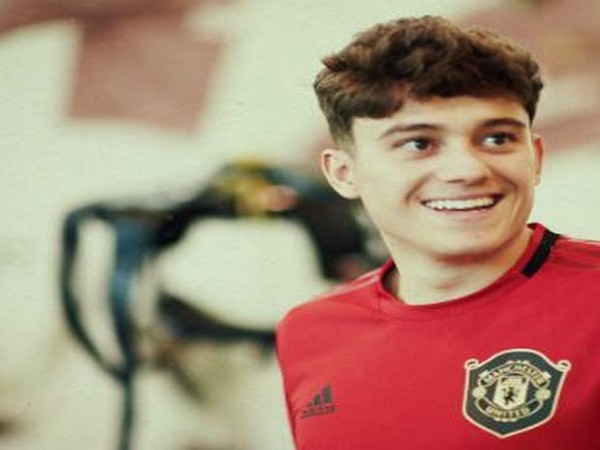 Daniel James signs five-year contract with Manchester United. (Photo/ Daniel James Twitter)
