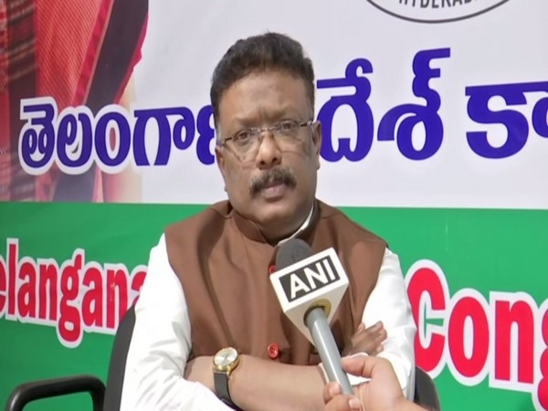 Congress spokesperson Dasoju Shravan talking to ANI in Hyderabad, Telangana on Friday. Photo/ANI