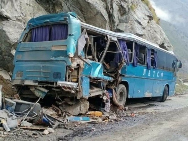 Visual of the bus involved in the accident in Pakistan (Photo Credit: The Express Tribune)
