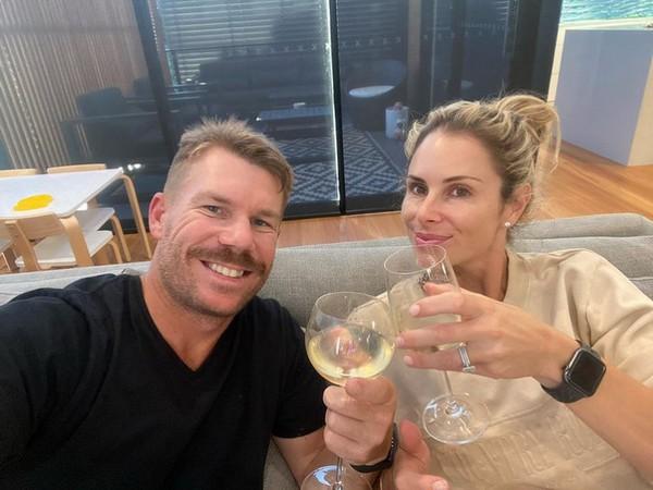 David Warner with wife Candice Warner (Photo/ David Warner Twitter)