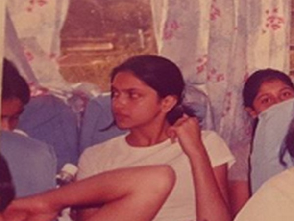 Throwback picture of Bollywood actor Deepika Padukone (Image Source: Instagram)