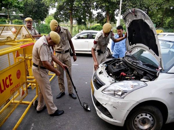 Delhi police checking a vehicle on a city road [File Photo for representation only]