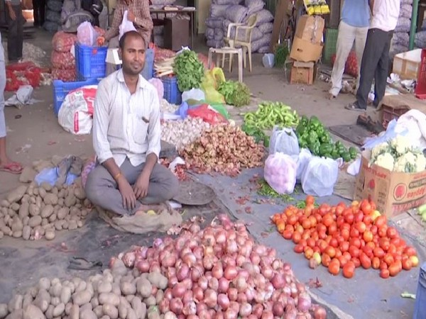 Visual from a vegetable market in Dehradun, Uttarakhand on Wednesday. Photo/ANI