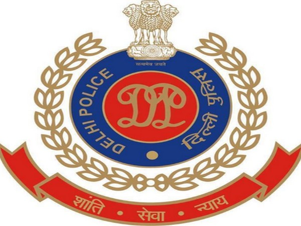 Delhi Traffic Police's logo