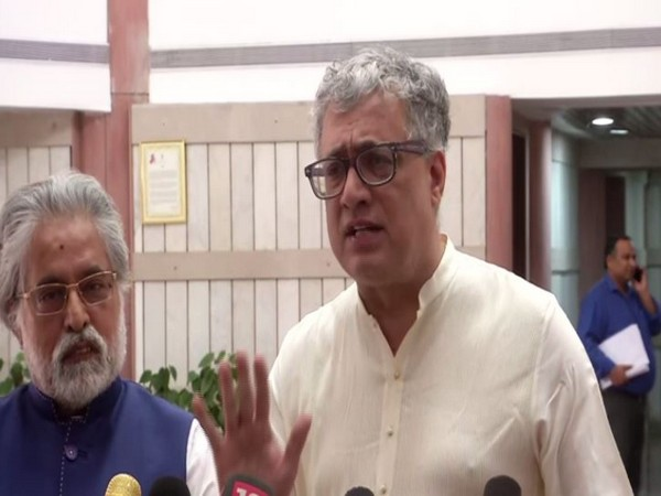 TMC leaders Sudip Bandyopadhyay and Derek O'Brien addressing reporters after the all-party meet in New Delhi on Sunday. Photo/ANI