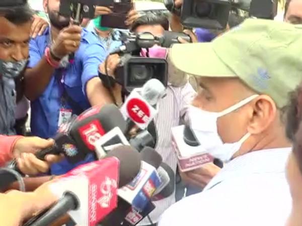 Devaram Seni, OSD to Rajasthan CM Ashok Gehlot, outside CBI office on Tuesday. [Photo/ANI]