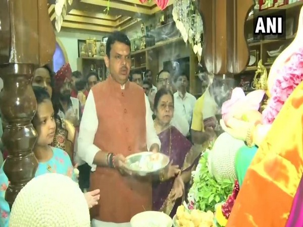 Maharashtra Chief Minister Devendra Fadnavis offered prayers to Lord Ganesh on the occasion of Ganesh Chaturthi on Monday. Photo/ANI
